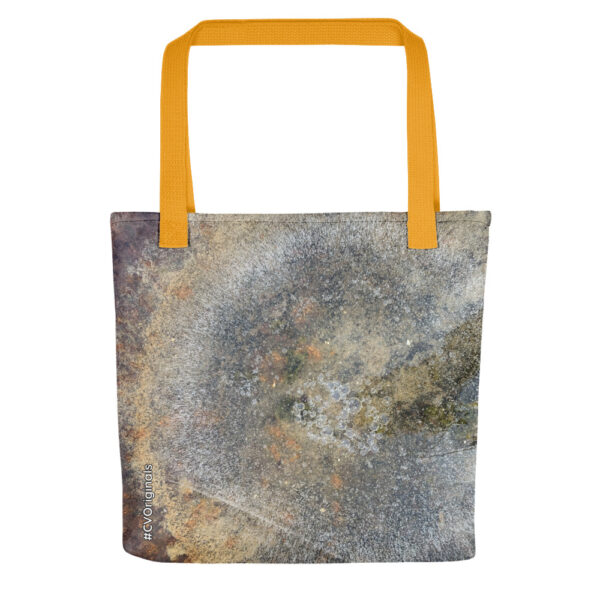 A spacious and trendy tote bag with unique #CVOriginals print of frozen water, to help you carry around everything that matters in style.