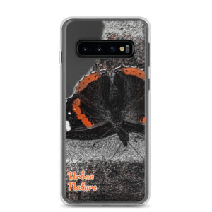 This sleek Samsung case with Urban Nature Wear design protects your phone from scratches, dust, oil, and dirt. It has a solid back and flexible sides.